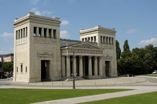 Stock Photo: 1848-426275 Propylea, Koenigsplatz Square, Munich, Bavaria, Germany, Europe