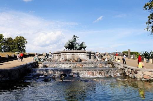 Gefjon´s Fountain at Langelinie, Copenhagen, Denmark, Scandinavia, Northern Europe : Stock Photo