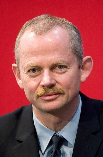 Stock Photo: 1848-42819 Peter Bauer, chairman of the Infineon Technologies AG, Munich, Bavaria, Germany, Europe