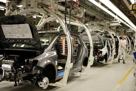 Stock Photo: 1848-428568 Golf car production, VW plant in Wolfsburg, Lower Saxony, Germany, Europe