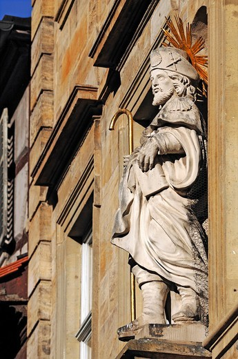 Large figure of a saint in a facade niche, Karolinenstrasse, Bamberg, Upper Franconia, Bavaria, Germany, Europe : Stock Photo