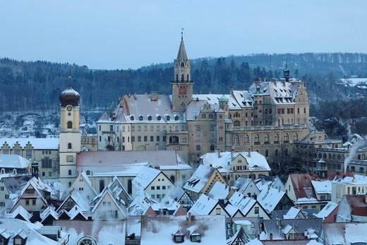 Schloss Sigmaringen castle in winter in the morning, Sigmaringen, Baden_Wuerttemberg, Germany, Europe : Stock Photo