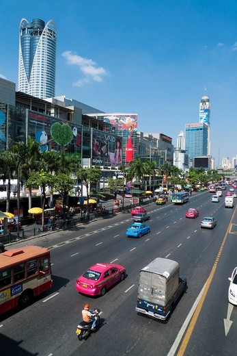 Ratchadamri Road, Krung Thep, Ratchathewi Bezirk, Bangkok, Thailand, Asia : Stock Photo
