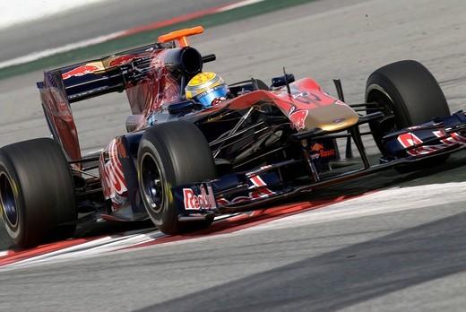 Motorsports, Sebastien Buemi, SUI, in the Toro Rosso STR4 race car, Formula 1 testing at the Circuit de Catalunya race track in Barcelona, Spain, Europe : Stock Photo
