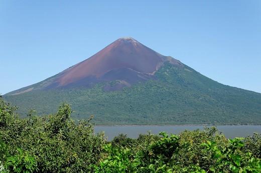 Momotombo Volcano, 1279 m, ruins of Leon Viejo, Leon, Nicaragua, Central America : Stock Photo