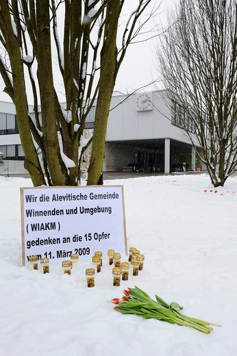 Plaque of the Alevi community in front of the Albertville Junior High School Winnenden on the occasion of the 1st commemoration day of the massacre on 11.03.2009, March 11th, 2009, Winnenden, Baden_Wuerttemberg, Germany, Europe : Stock Photo
