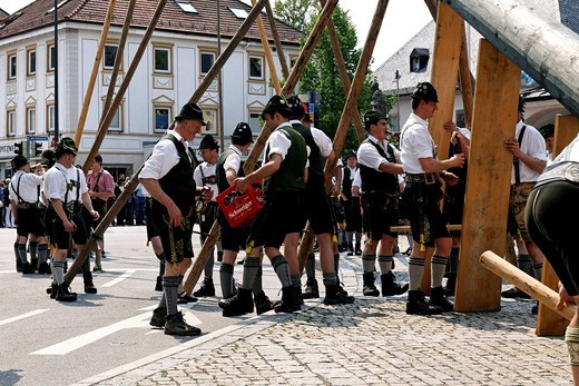 Bavarians having a beer at the raising of the maypole celebration, Prien, Chiemgau, Upper Bavaria, Germany, Europe : Stock Photo