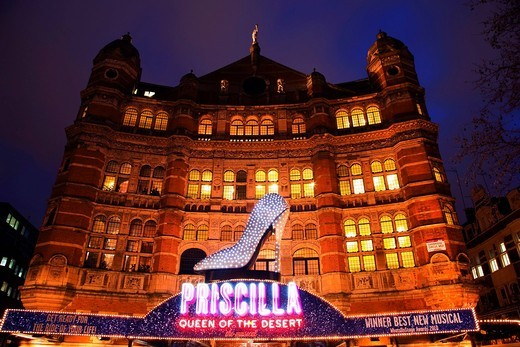 Stock Photo: 1848-434805 Musical ´Priscilla Queen of the Desert , Palace Theatre at night, London, England, United Kingdom, Europe