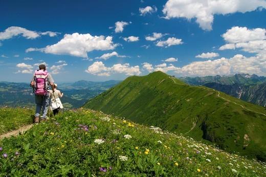 Stock Photo: 1848-440629 Trail from Kanzelwand Mountain to Fellhorn Mountain, Kleinwalsertal, Little Walser Valley, Allgaeu, Vorarlberg, Austria, Europe