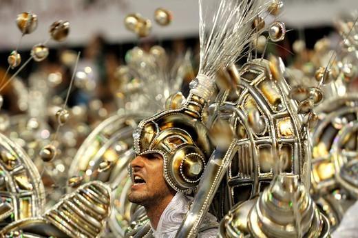 Samba school Portela, Carnaval 2010, man dressed as a Roman soldier, Sambodromo, Rio de Janeiro, Brazil : Stock Photo