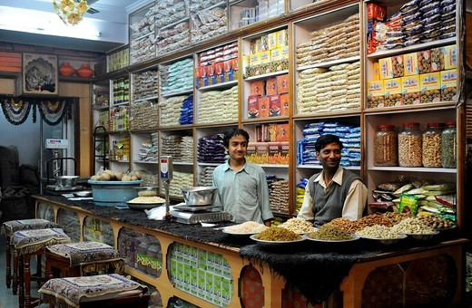Stock Photo: 1848-441674 Grocery store in the historic town centre of Jaipur, Rajasthan, North India, India, South Asia, Asia