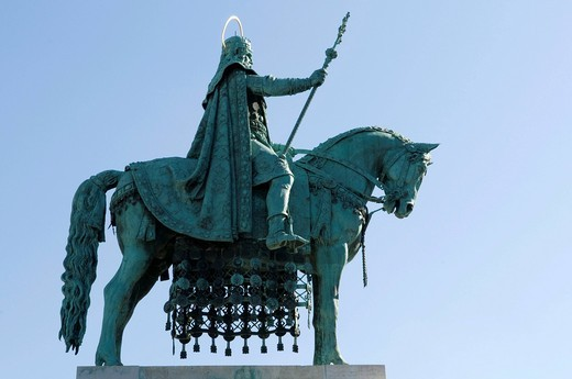 Stock Photo: 1848-443055 Equestrian statue and monument of King Stephen I., Budapest, Hungary, Europe