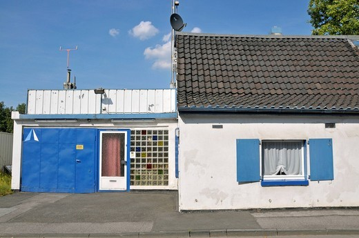 Small house in the container port, Duisburg, North Rhine_Westphalia, Germany, Europe : Stock Photo