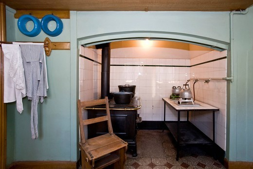 Original kitchen from 1892 in a Victorian home : Stock Photo