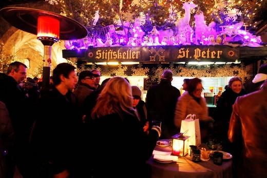 Christmas market at St. Peter´s Archabbey, old town, Salzburg, Austria, Europe : Stock Photo
