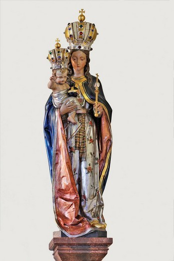 Stock Photo: 1848-4473 Statue of the Madonna with child at the church in Weissenbach, Triestingtal, Lower Austria, Austria
