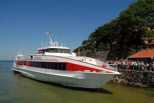 Stock Photo: 1848-451609 Modern ferry at the old Christiansoe Fortress, Denmark, Europe