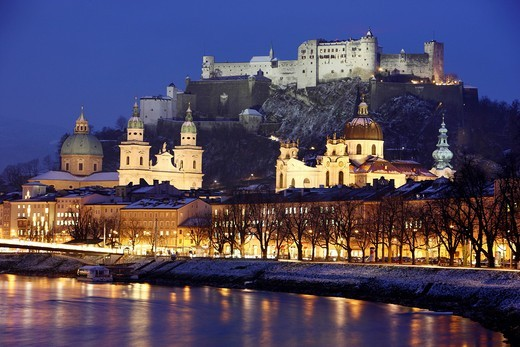 Stock Photo: 1848-452699 Old town with Kollegienkirche church, the Salzburger Dom cathedral and Festung Hohensalzburg fortress, Salzach river, in the evening, winter, Salzburg, Austria, Europe