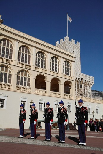 Changing of the Princely Guard at noon in front of the Prince´s Palace, Principality of Monaco, Cote d´Azur, Europe : Stock Photo