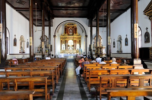 Interior, La Recolección church, 1786, Leon, Nicaragua, Central America : Stock Photo