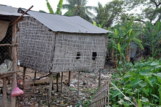 Pile dwelling in the slums of Siem Reap, Cambodia, Asia : Stock Photo