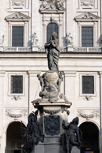 Stock Photo: 1848-456347 Marian column in front of the Salzburger Dom cathedral, statue of the Immaculata, Salzburg, Austria, Europe