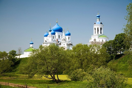 The church of the Nativity of the Holy Virgin and Assumption cathedral, Bogoljubovo, Vladimir, Russia : Stock Photo