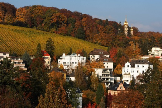 Stock Photo: 1848-459584 Greek_Russian Orthodox chapel on the Neroberg mountain in Wiesbaden in autumn, Hesse, Germany, Europe