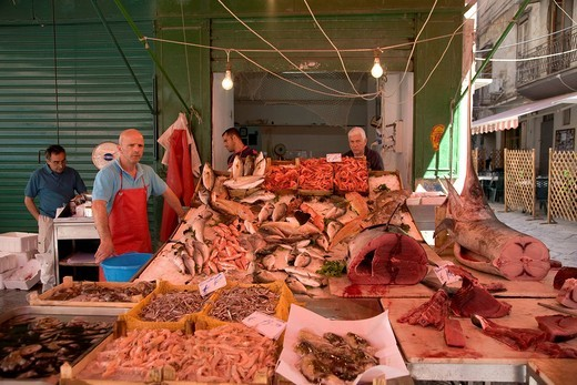Mercato Vuccir´a, food market, fish stand, Palermo, Sicily, Italy, Europe : Stock Photo