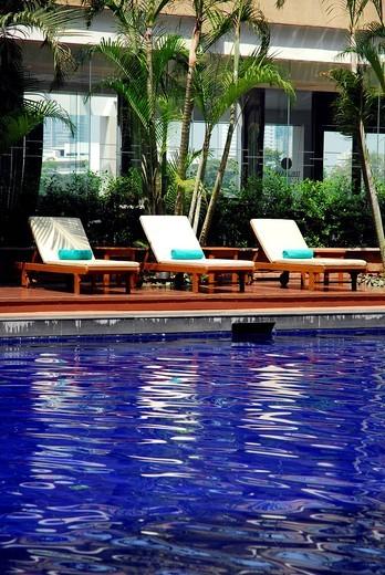 Ramada Plaza Menam Riverside Hotel, swimming pool, Bangkok, Krung Thep, Thailand, Asia : Stock Photo