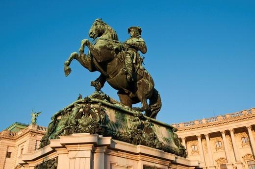 Prinz_Eugen_Denkmal monument, Heldenplatz square, Vienna, Austria, Europe : Stock Photo