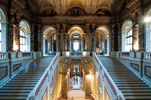 Stairwell, Kunsthistorisches Museum Museum of Arts, Ringstrasse street, Vienna, Austria, Europe : Stock Photo