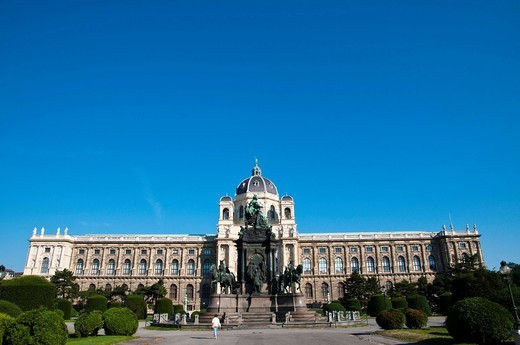Stock Photo: 1848-460679 Kunsthistorisches Museum Natural History Museum, Maria_Theresia_Denkmal monument, Ringstrasse street, Vienna, Austria, Europe