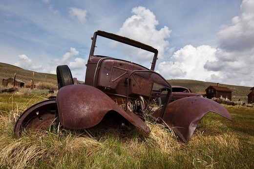 Vintage car, rusty old car wreck, Bodie State Park, ghost town, mining town, Sierra Nevada Range, Mono County, California, USA : Stock Photo