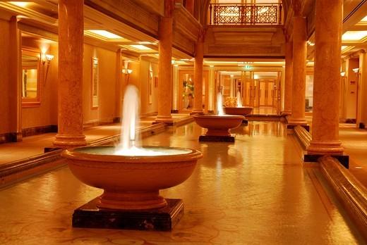 Emirates Palace Hotel, Abu Dhabi, United Arab Emirates, Asia : Stock Photo