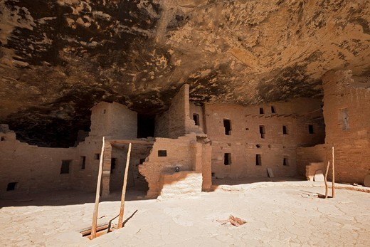 Spruce Tree House, cliff dwellings, Anasazi Native American ruins, Mesa Verde National Park, Colorado, America, United States : Stock Photo
