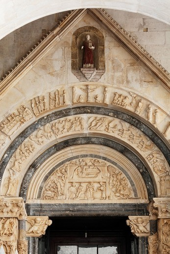 Stock Photo: 1848-464995 West portal of the cathedral of St. Lawrence, Katedrala Sv. Lovre, Trogir, Dalmatia, Croatia, Europe