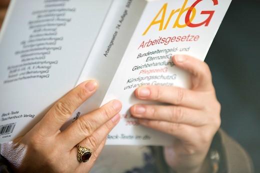 Book, German for Employment law, shop steward training seminar : Stock Photo