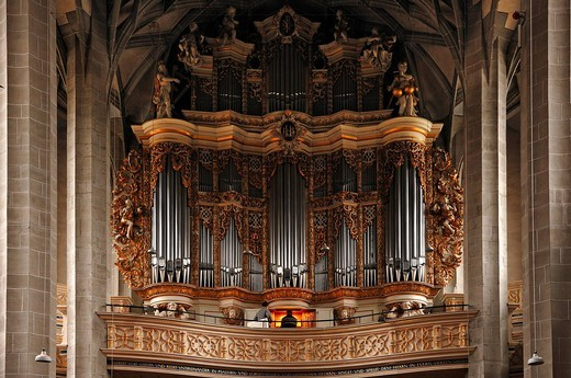 Baroque organ, built by Christoph Cuntius in 1716, in the Marienkirche church or Marktkirche Unser Lieben Frauen Church of Our Lady, late Gothic, built 1529_1554, Marktplatz, Halle Saale, Saxony_Anhalt, Germany, Europe : Stock Photo