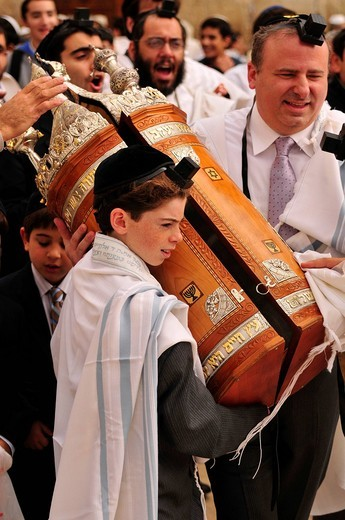 Jewish boy at the bar mitzvah ceremony, Jewish confirmation, in front of the Wailing Wall, Israel, Middle East, Orient : Stock Photo
