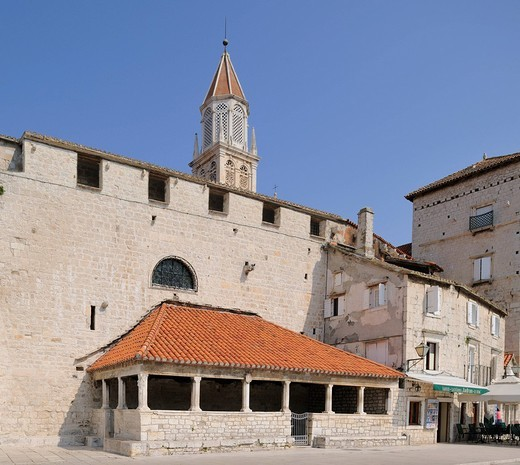 Stock Photo: 1848-468999 Exterior loggia at the sea gate in Trogir, Croatia, Europe