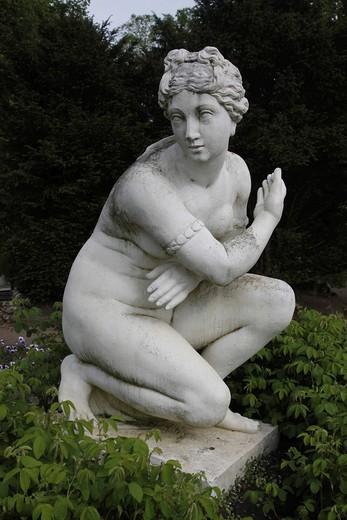 Venus out of the bath, antique sculpture, copy, Woerlitzer Park, Woerlitz, Saxony_Anhalt, Germany, Europe : Stock Photo