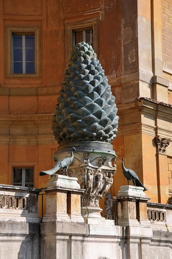 Pine cones made of bronze, Cortile della Pigna, Vatican Museums, historic city centre, Vatican City, Italy, Europe : Stock Photo