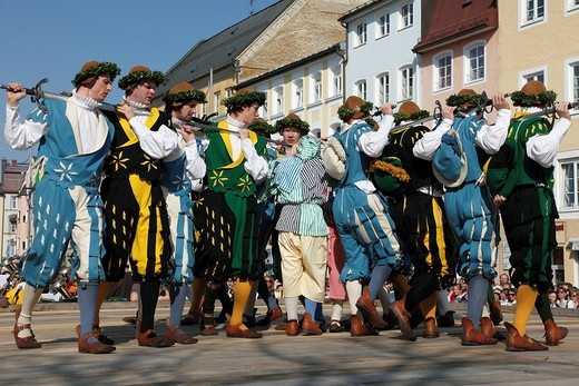 Historic sword dance, Georgiritt, George´s Ride, Easter Monday procession, town square in Traunstein, Chiemgau, Upper Bavaria, Bavaria, Germany, Europe : Stock Photo