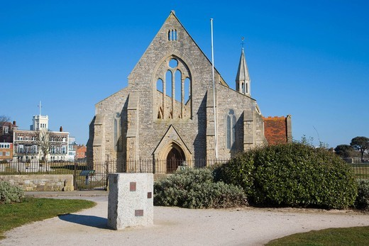 Royal Garrison Church, Domus Dei, Hospital of Saint Nicholas with Royal Naval Club and Royal Albert Yacht Club at back, Old Portsmouth, Hampshire, England, United Kingdom, Europe : Stock Photo