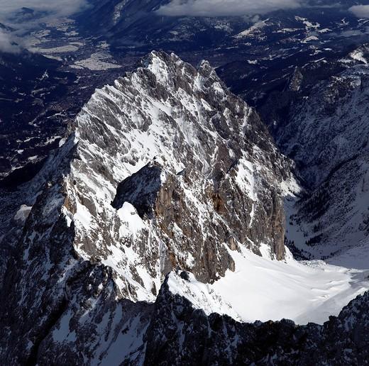 Stock Photo: 1848-472794 A pre_peak of Zugspitze Mountain in winter, Wetterstein Mountain Range, Bavaria, Germany, Europe