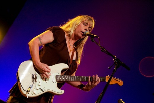 Stock Photo: 1848-475183 The U.S. songwriter and pop singer Rickie Lee Jones live at the Blue Balls Festival in the concert hall of the KKL in Luzern, Switzerland