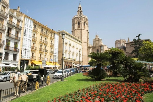 Plaza de Reina square, in the back the cathedral, Valencia, Comunidad Valencia, Spain, Europe : Stock Photo