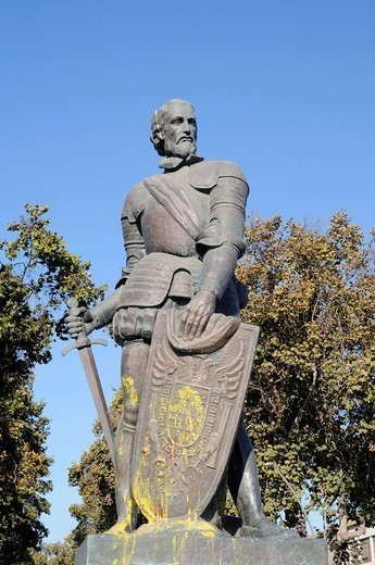 Stock Photo: 1848-477230 Francisco de Aguirre, Spanish conqueror, warrior, soldier, sculpture, La Serena, Norte Chico, northern Chile, Chile, South America