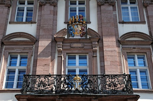 Stock Photo: 1848-479265 Balcony and on top the old Palatine coat of arms, city hall, built 1701_1703, Marktplatz, Heiliggeiststrasse 1, Heidelberg, Baden_Wuerttemberg, Germany, Europe
